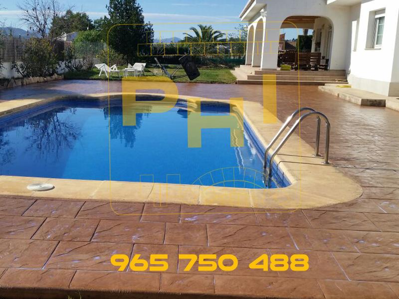Hormig n impreso para zonas de piscina pavimentos de for Presupuesto de piscinas de hormigon